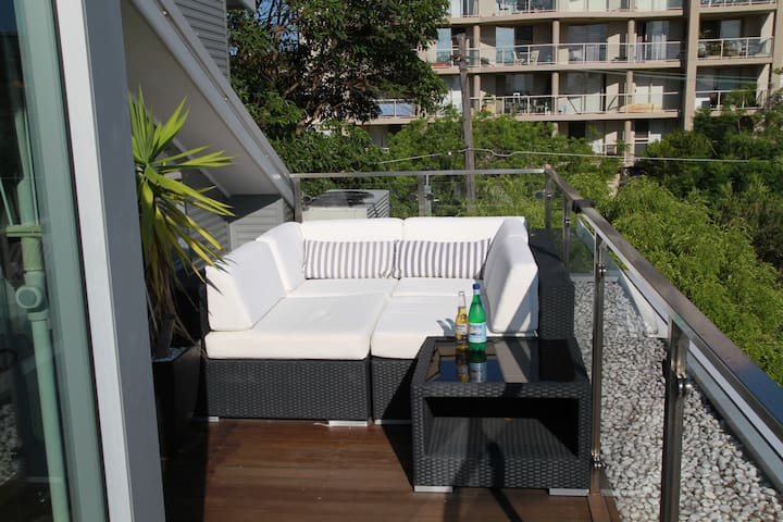 Modern Luxury Secure Top Floor Penthouse Apartment - Cremorne - Appartement