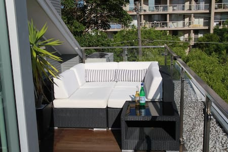 Modern Luxury Secure Top Floor Penthouse Apartment - Cremorne - Lägenhet
