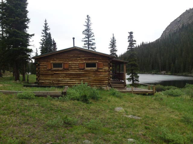 Rocky Mountain Lake Cabin - Idaho Springs - กระท่อม