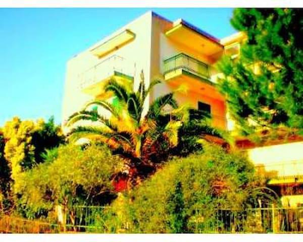 Large Attic Taormina sorroundings  - Gaggi - Apartment