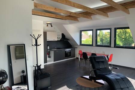 Design Loft/Wohnung in Bremen-Nord, Leuchtenburg
