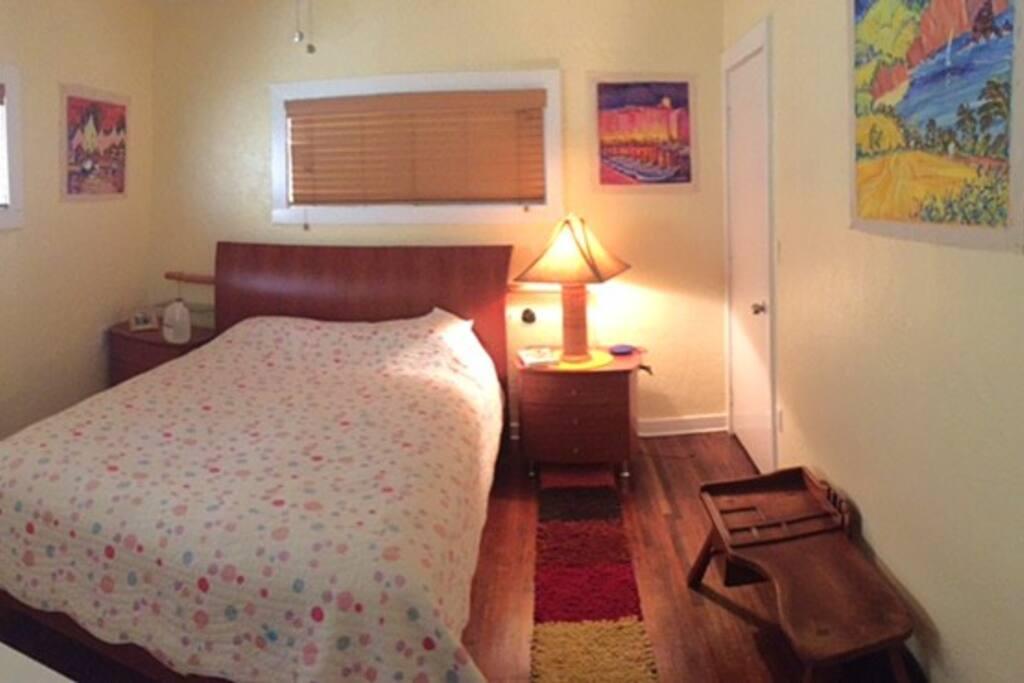 Queen bed, closets