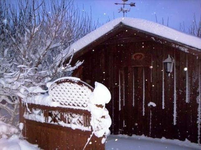 Njardvik Guesthouse Cottage - a nice choice all year round