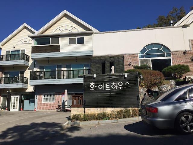 조용하고 맑은 공기와 함께 푸른숲 안에서의 힐링 타임 - Yangpyeong-eup, Yangpyeong-gun - Vila