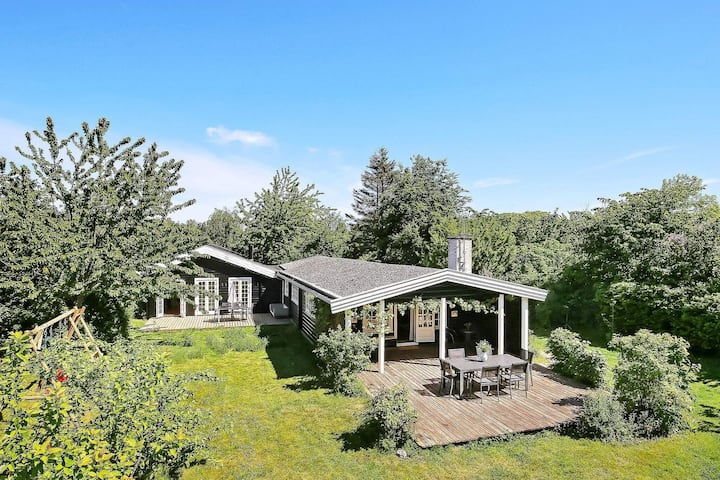 4 star holiday home in Kirke Hyllinge