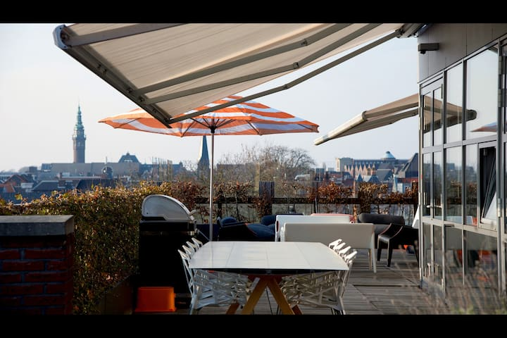The penthouse, 150 sq/meter + 140 sq/m terrace - Groningen - Wohnung