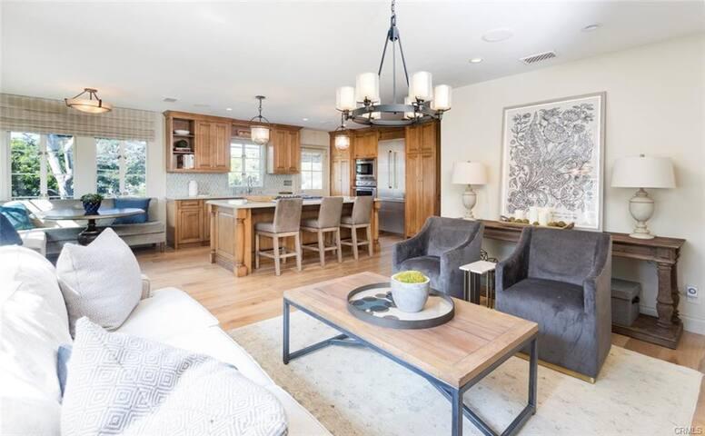 Remodeled Home near Downtown Manhattan Beach