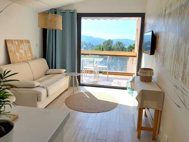 Appartement rénové pour 4 pers. plages à pied