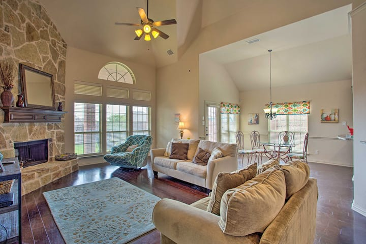 NEW! Large-Group Getaway, 7 Miles to Denton Square