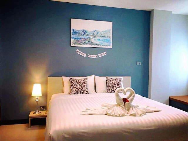 The Phu view  : King Bed Chill out & Breakfast