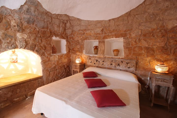 Historic Trullo, Ready for Romance - Marina di Mancaversa - Huis