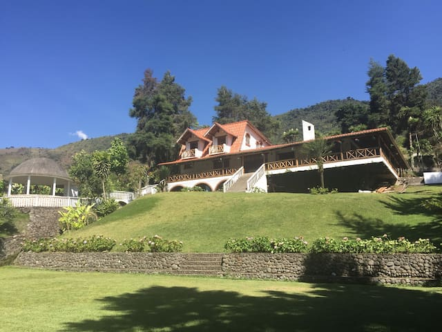 Beautiful house in the mountains - Pallatanga - Hus