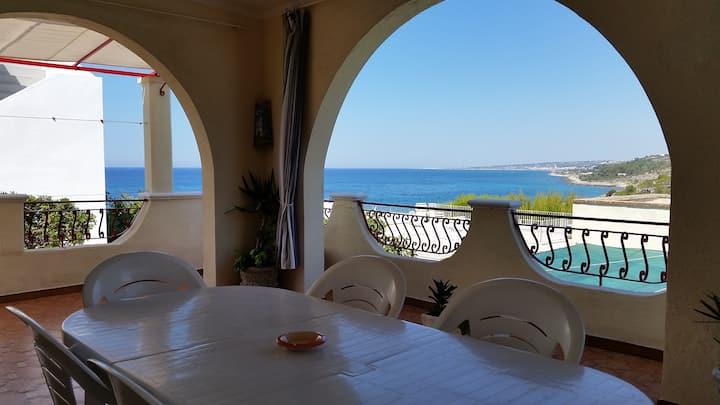 Casa Tramonti - vista mare 50m dalla spiaggia