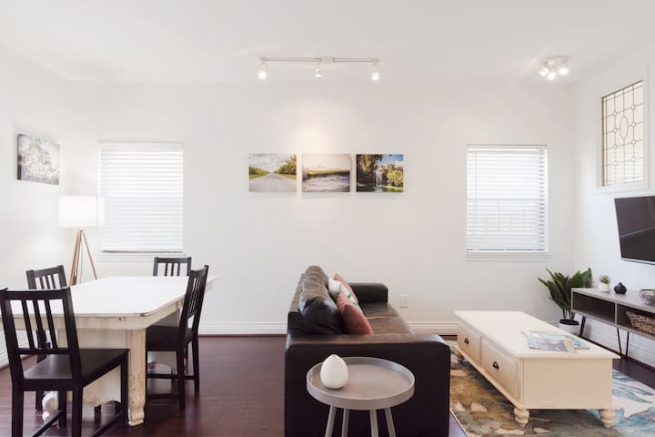 Explore Austin from an Airy, Modern Apartment