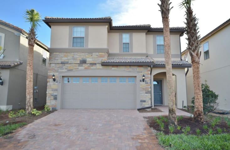 PHENOMENAL Holiday Home Perfect for your family!! 8908 - Kissimmee - Villa