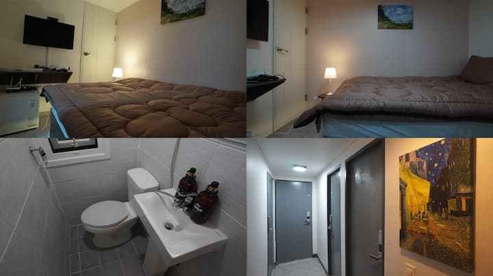 #32 Sinchon Sta 2mins Hongdae 8mins Blue Mansion