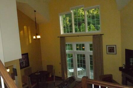 pure slope-side luxury - Vernon Township - Villa - 2