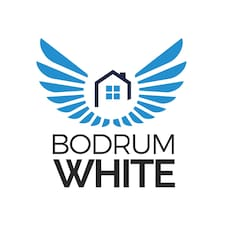 Bodrum White is the host.