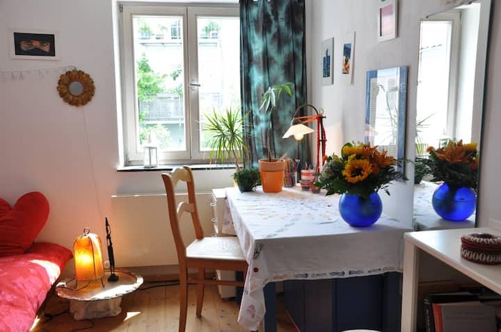 Nice room in Riverside House