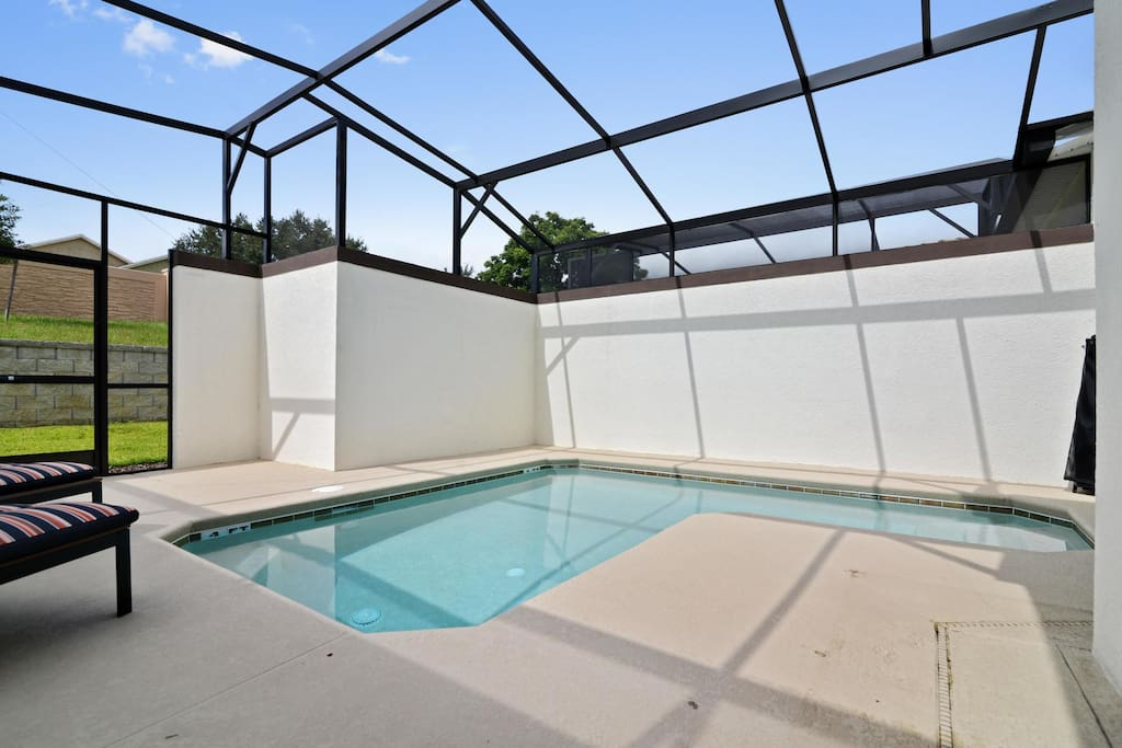 Here in Florida - we love the outdoor lifestyle (who wouldn't with our weather!). Enjoy your stay here and make sure to make full use of your own, private sparkling plunge pool area.