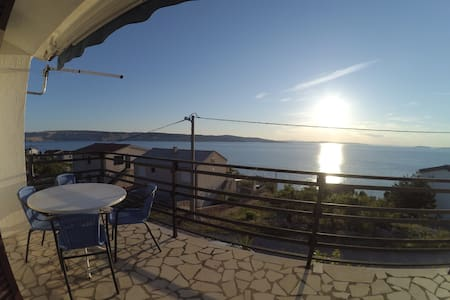 Maisonette apartment 4+2,private terrace, sea view - Prizna - 公寓