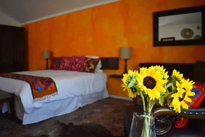 Habitación Naranja en Hospedaje Tejaban