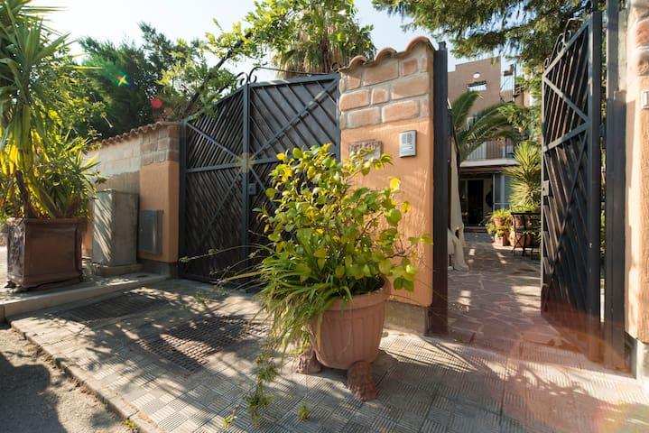 VILLA SOLE MARE -  MANFREDONIA - Province of Foggia - Villa