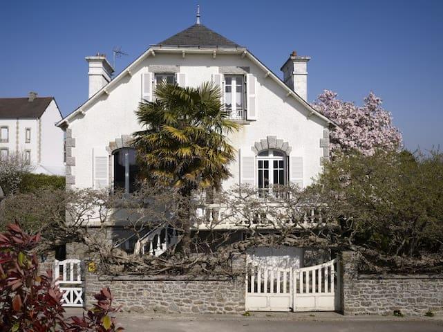 Chambre d'hôtes en Bretagne sud - Riec-sur-Belon - Bed & Breakfast