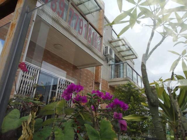 万泉城21空中花园别墅客栈C\A、B、C - Beihai - Bed & Breakfast