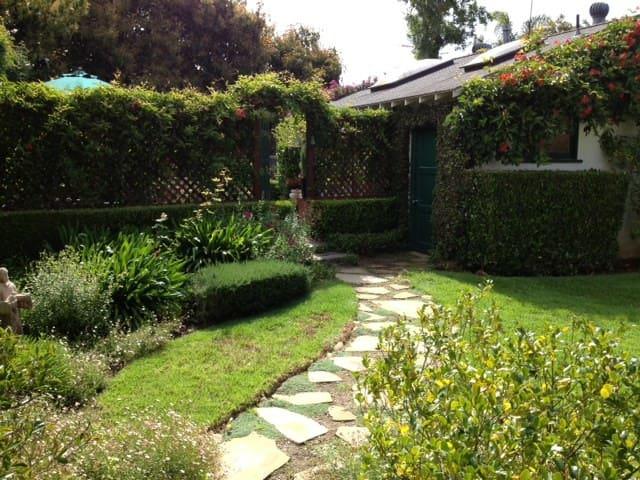 PROVENCE IN MONTECITO - Montecito - Casa