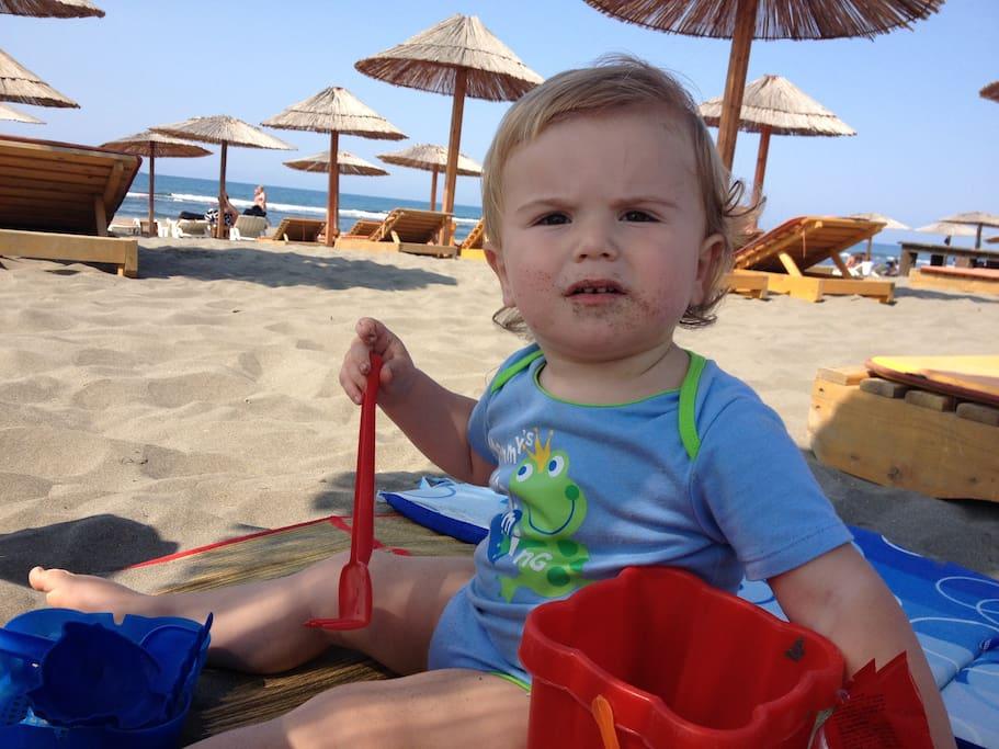 My little guest Dior having fun at the sandy Safari Beach.