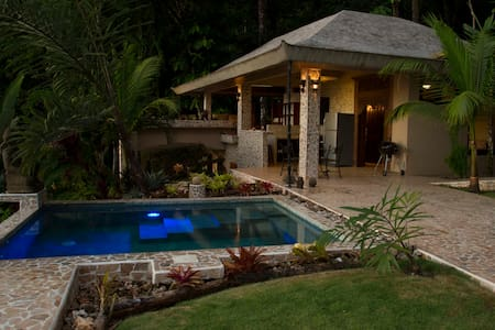 Ocean View 3 Bed/3 Bath with Private Pool in Uvita - Uvita