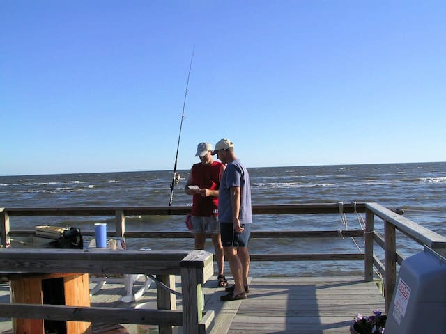If you like to salt water fish, this will be your private pier
