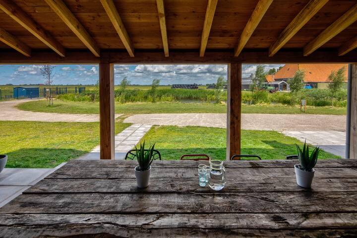Appartement met uitzicht over water + gratis kano