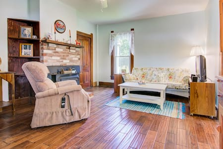 Country Farmhouse Suite