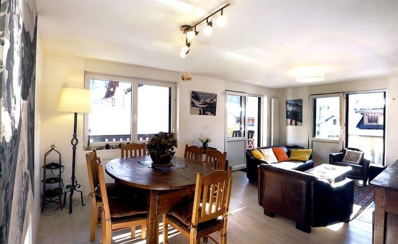 Appartement70m²,centre Chamonix,vueMt Blanc,garage - Chamonix - Byt