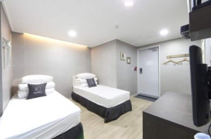 K-Grand Hostel Gangnam 1 - Standard Twin