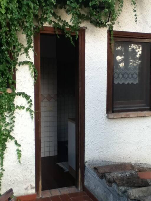 Casa di campagna ai piedi del borgo appartements louer for Casa di 2000 piedi quadrati