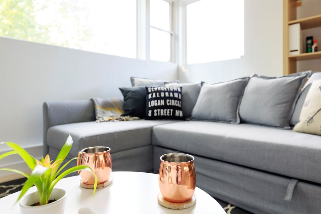Kick back, relax and enjoy this peaceful space in the big city