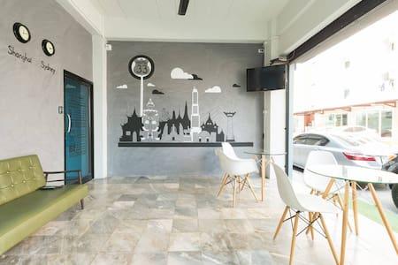 Hostel'33, Bedroom#2, 1 Double Bed - Bangkok - Vandrerhjem
