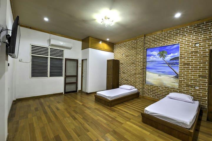 Deluxe Room at Riverside Hostel Padang - Padang - Penzion (B&B)