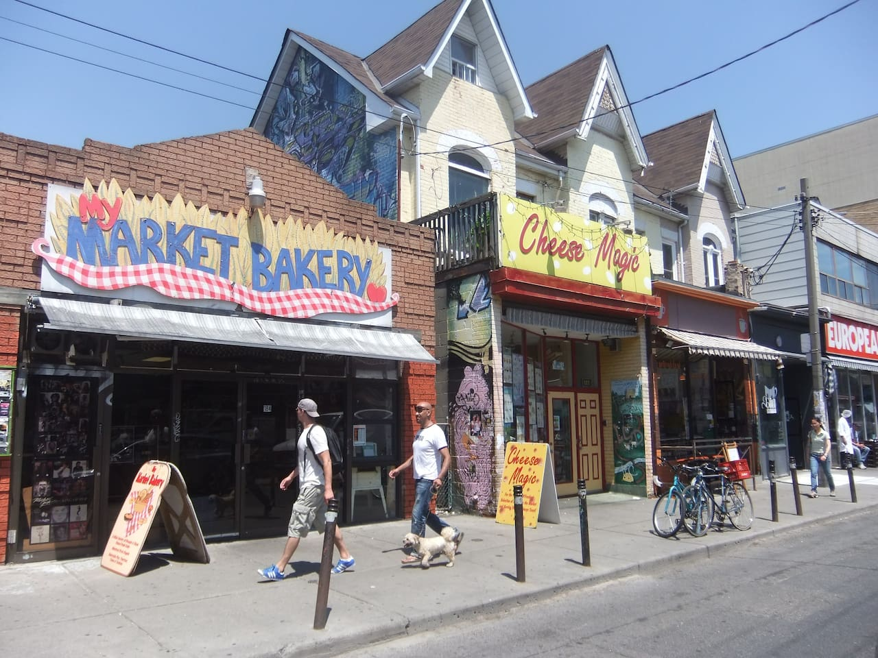 Welcome to Kensington Market!