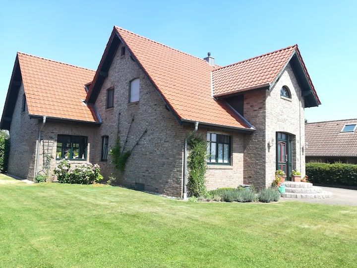 Romantic Country House in Lower Rhine Valley