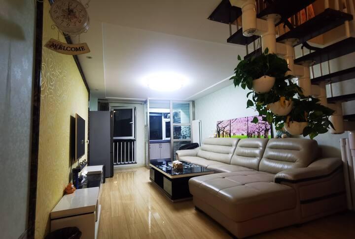 青年公寓紧邻万达,市场,长治学院二室一厅