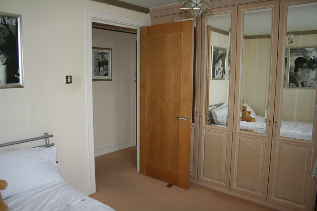 Comfortable double bed in a comfortable room.