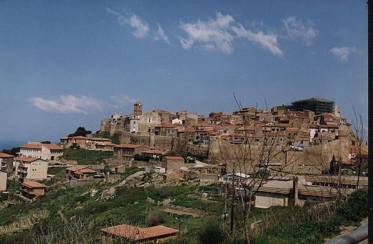Isola del Giglio Castello - Giglio Castello - Apartment