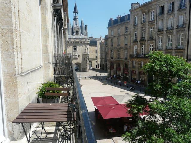 INCROYABLE T3 EN HYPERCENTRE - Bordeaux - Apartment