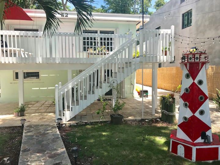 Dog friendly, renovated, Keys house (w/boat slip)