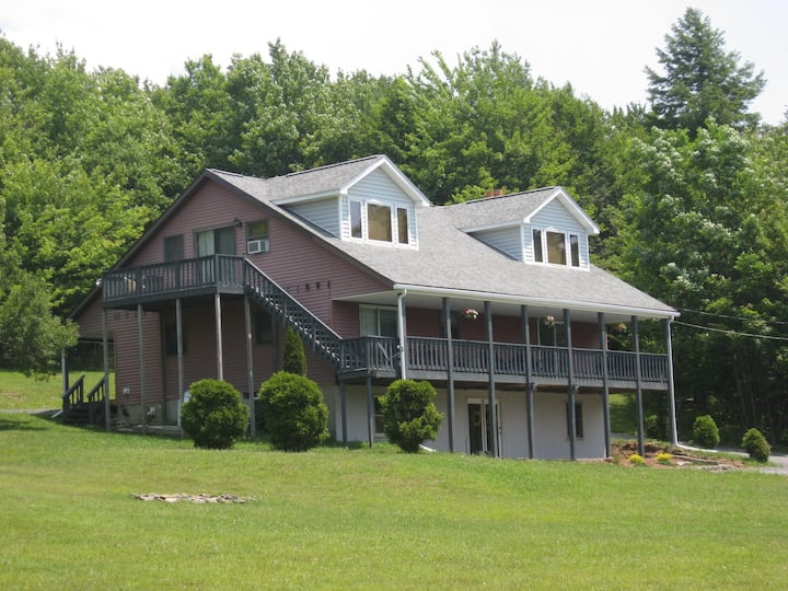 "Lusch Acres ""Lodge"""