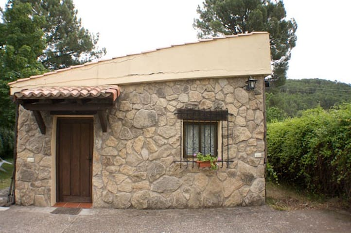 Abedul bungalow in nature (4-6 pax) - Arenas de San Pedro - Cottage